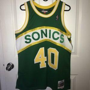 df4fa5fcf57 Celtics jersey. $65 $0. Swingman Seattle SuperSonics Shawn Kemp 1994-95
